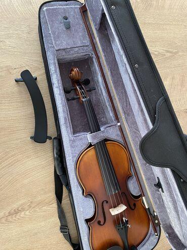 Скрипки - Кыргызстан: Скрипка в отличном состоянии, пользовались месяц, 58 см, размер 4/4!