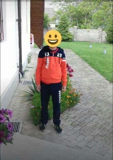 Спорт и хобби - Бактуу-Долоноту: Продаю спортивный костюм на подростка. Рост 164 см