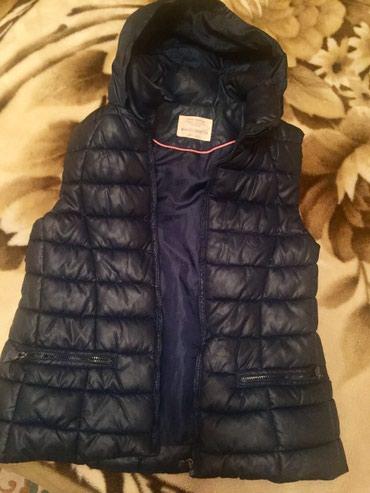 Гыз ушагы учун голсуз куртка Zara (11/12 яш) чох аз гейилиб