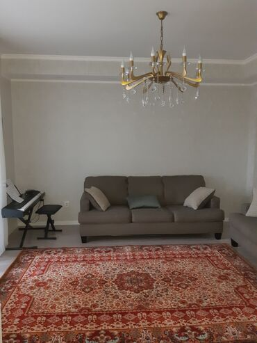 уй сатам в Кыргызстан: Продается квартира: 2 комнаты, 70 кв. м