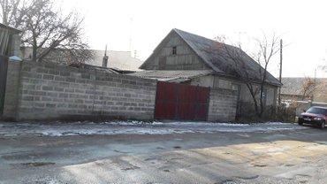 Продаю дом Исанова-Васильева   90кв.м, 4 комнаты, баня,гараж,центр. в Бишкек