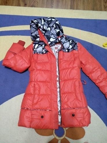 распродажа женская одежда в Кыргызстан: Скидка! Очень дёшево 2 вещи за 1500 сомов Зимняя женская куртка + жиле