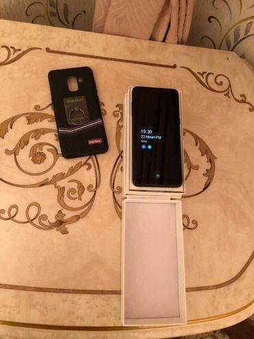 Gəncə şəhərində Samsung A8 2018 32 gbdi..Pula ehtiyac var..temirde olmayib ustunde