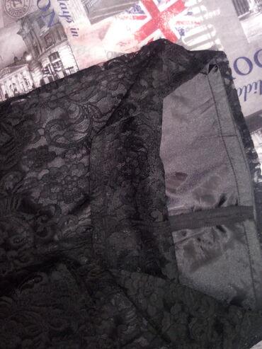 черное до колен платье в Кыргызстан: Красивое, чёрное выше колен платье, одевали всего раз, качественное