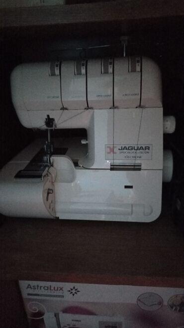 машина оверлок цена in Кыргызстан   ШВЕЙНЫЕ МАШИНЫ: Продаю оверлок в отличном состоянии работала на ней очень мало и береж