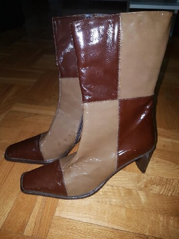 Italijanske cizme br - Srbija: Lakovane italijanske cizme, dobijene iz Svajcarske, nijednom obuvene