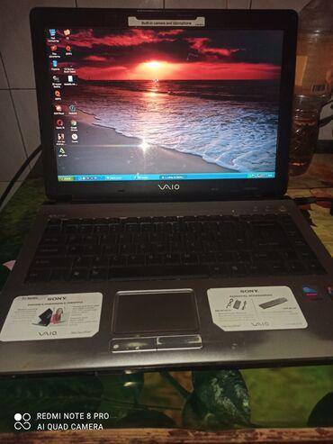Электроника - Константиновка: Продаю ноутбук рабочее состояние но гнездом проблема и так работает