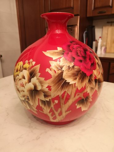 Китайская керамика. Ваза. С рисунком в Бишкек