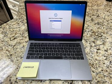 Macbook Pro 13(2019) with Touch Bar Intel Core i58GB RAM256GB SSD В