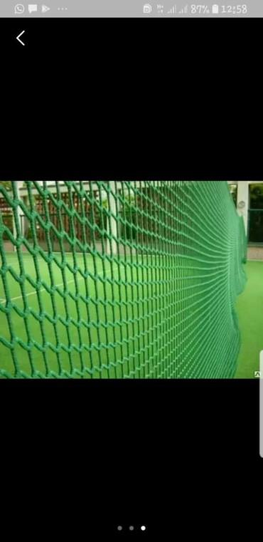 сетка для футбольного поля в Кыргызстан: Заградительные сетки для мини футбольного поля, спорт залов и др