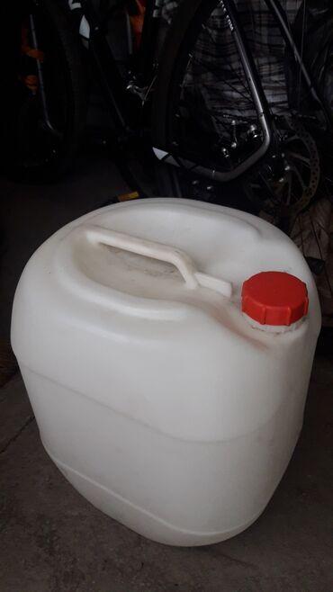 дома в Кыргызстан: Продаю канистры жоский пластик европейские 25л