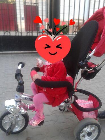 детский трехколесный в Кыргызстан: Прогулочный велосипед - коляска, в хорошем состоянии,корзина на