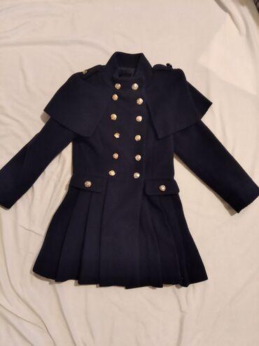 Верхняя одежда в Кыргызстан: Пальто на девочку 8-10 лет.Пальто тёмно-синего цвета, производства