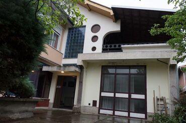 Na prodaju - Vrnjacka Banja: Na prodaju Kuća 316 sq. m, 6 soba