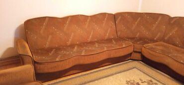 Nameštaj - Ruma: Ugaona garnitura sa foteljom na prodaju.Ugaona se razvlaci za spavanje