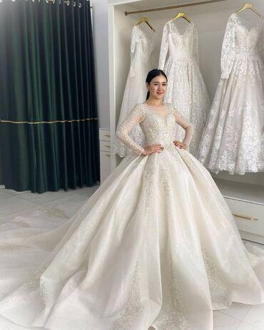 свадебные платья in Кыргызстан   КОНДИТЕРСКИЕ ИЗДЕЛИЯ, СЛАДОСТИ: Срочно продаются новые свадебные платья, по выгодной цене! связываться