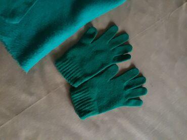 Personalni proizvodi - Pozarevac: Sal i rukavice nase proizvodnjesal pufnasto mekan 1000 dinara