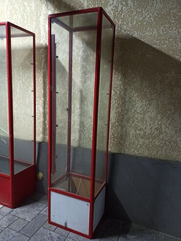 ���������������� ���������������� в Кыргызстан: Продаю витрину высота 2м ширина 50см глубина 60см 4полки