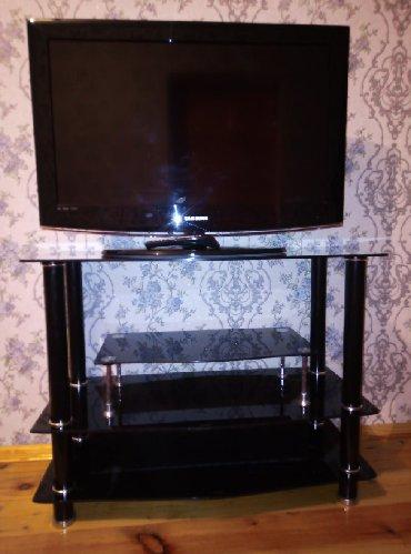 Televizorlar Qobustanda: Samsung televizor və altlıq 2-si birlikdə 300 (azn)Yalnız televizor