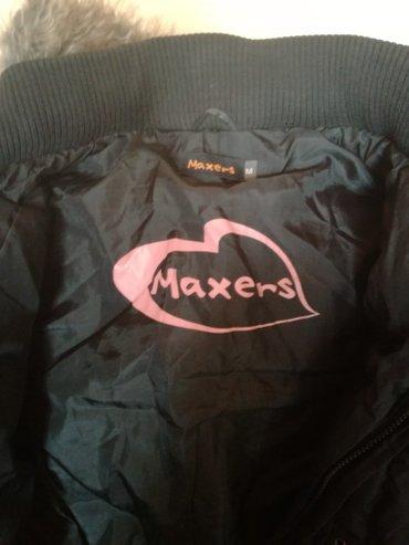 ženska maxers jakna obučena svega dva puta u extra stanju. Kapuljača s - Novi Sad