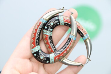 Жіночі металеві сережки з малюнком     Довжина: 7 см Ширина: 5 см  Ста