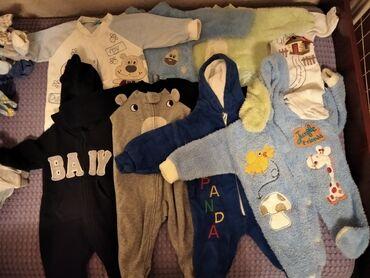 Теплый бодик - Кыргызстан: Отдам вещи на мальчика с рождения до 9-10 месяц и немного на