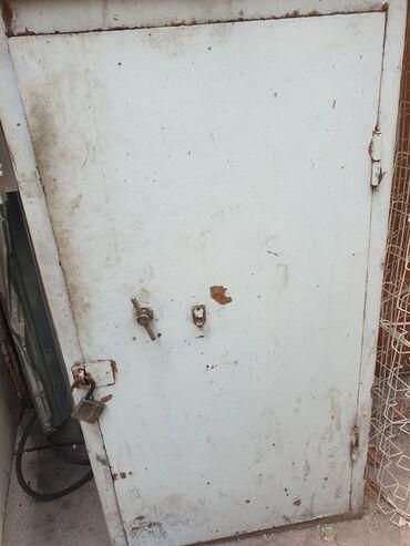 426 объявлений: Металлические шкаф сейфы 6 шт состояние хорошее