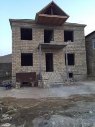 Xırdalan şəhərində Xirdalan kruqunda 2 mertebeli heyet evi