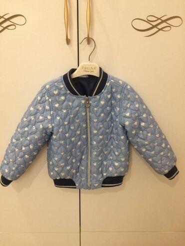 Курточка на осень для девочки 3-5 лет. Турция, почти новая, не успели