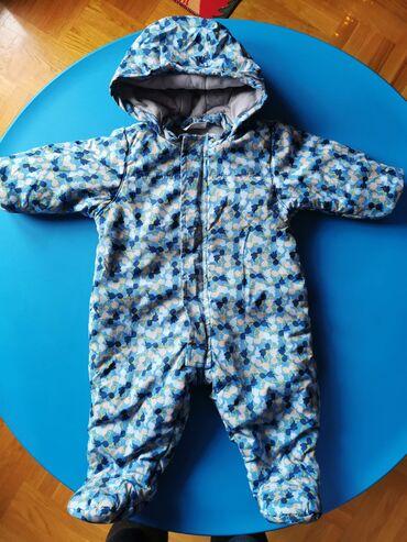 Skafander za bebe od 3 do 6 meseci odlicno ocuvan, nema nikakvo ostece