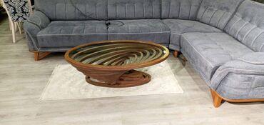 kişi üçün podtyajkalar - Azərbaycan: Jurnal masası. Oval formada. Rəngli şüşəli. Ölçüləri 70x120-yə