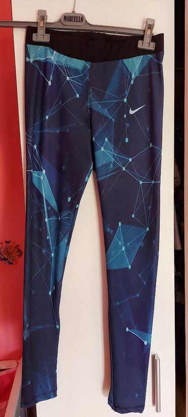 Pantalone uske - Srbija: Nike helanke original  Vel.M. kao nove