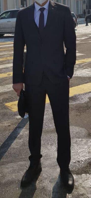 отдам видеокарту даром в Кыргызстан: Мужской костюм тройка одевал только 2 раза комплект есть туфли 40 41 р