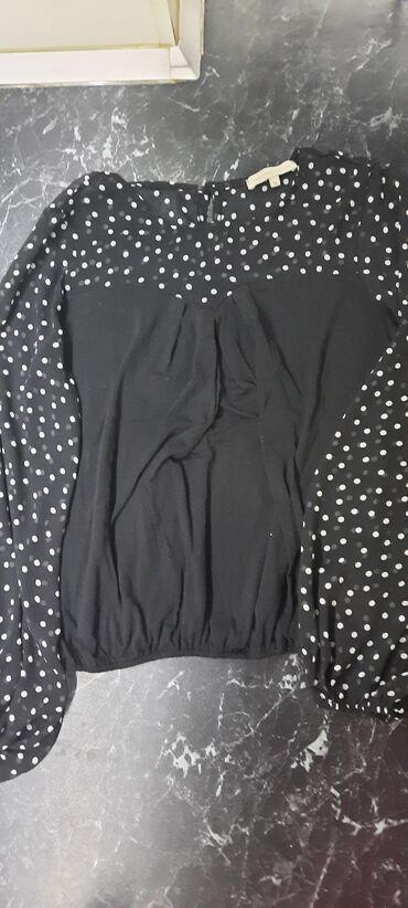 Majica - bluza kupljena u americi tufnasti deo providan, M.Mogucnost