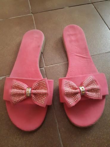 Natikače | Srbija: Prelepe papuce neostecene 38 vel
