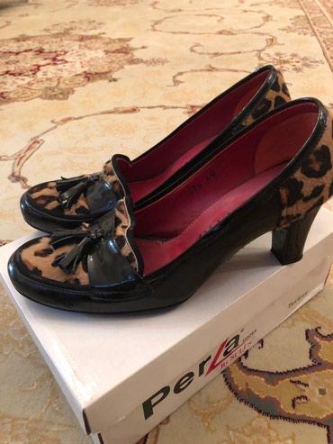 Bakı şəhərində Обувь натуральная кожа с пони, размер 40 , в хорошем состоянии. 70 azn