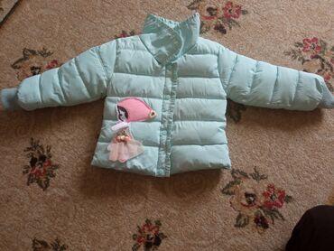 Детские куртки почти новый и многие детские вещи очень много пятны
