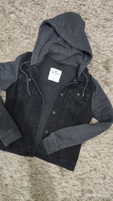 Куртка Zara 50 azn . на 12,13 лет .рост 152. Куртка муж. Hollister 30
