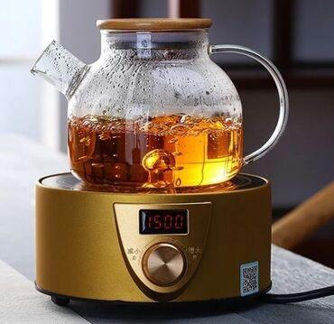 Посуда - Кыргызстан: Стеклянный заварочный чайник с деревянной крышкой. Стекло огнеупорное