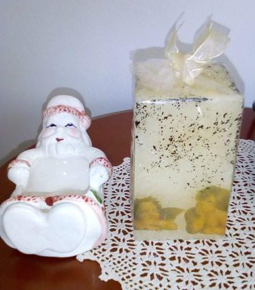 Άγιος Βασίλης τασάκι και κερί σε Athens