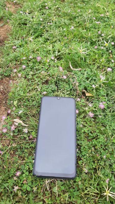 Электроника в Ленкорань: Samsung A30 3ram 32 yaddaş Telfon super vəziyyətdədir heçbir prablemi