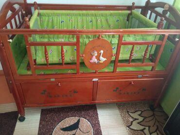 Детский мир - Кой-Таш: Продаем детский манеж с люлкой. Состояние хорошее. Адрес Кой Таш село