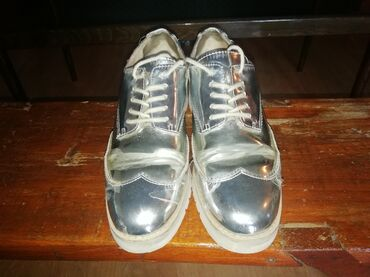 Zara cipele, nosene zato ova cena. Broj 36