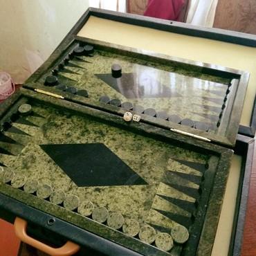 stoleshnitsa iz kamnya в Азербайджан: Nardi iz mramora