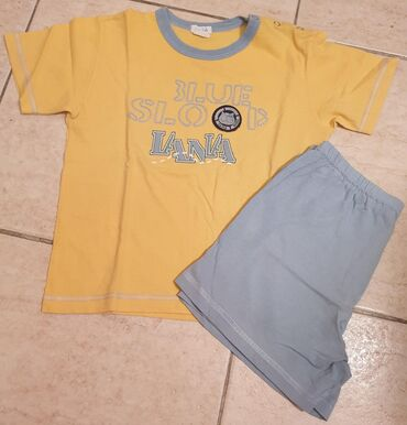 Majca za decake - Srbija: Iana komplet za leto, zuta majica i plavi sorts. Lagani, pamucni, za