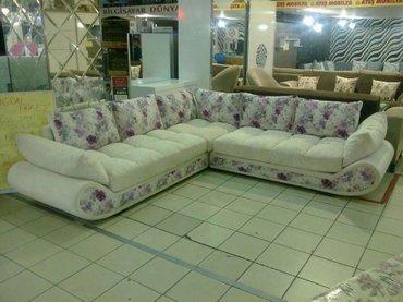 Bakı şəhərində Micoli künc divanı güllü paduskalarla v ekrwm renglı parcadan hazırlan