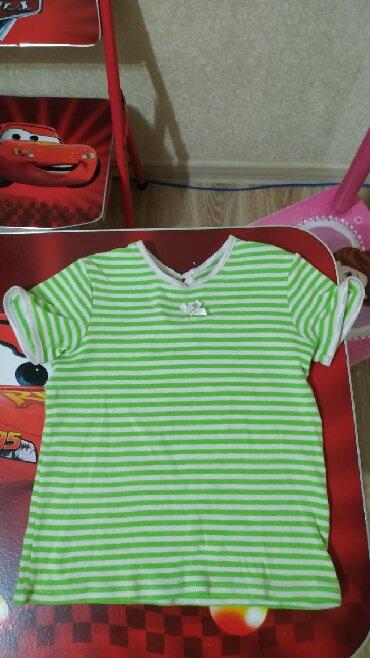 футболка 3 года в Кыргызстан: Футболка United Colours of Benetton на возраст 2-3 года в хорошем