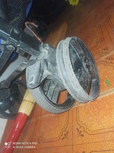 3510 объявлений: Продаю коляску,резина одного колеса слетела нужен ремонт. Либо можно
