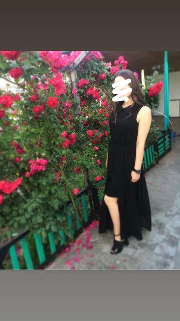 платья вечерние in Кыргызстан | МАТЕРИНСКИЕ ПЛАТЫ: Продаю шикарное вечернее платье со шлейфом  Надевала 1 раз  Удобное,к