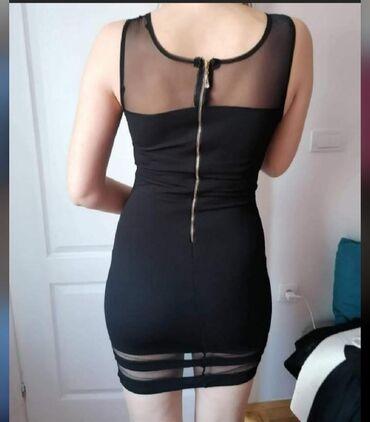 Prelepa haljinica U odličnom stanju Par puta obučena